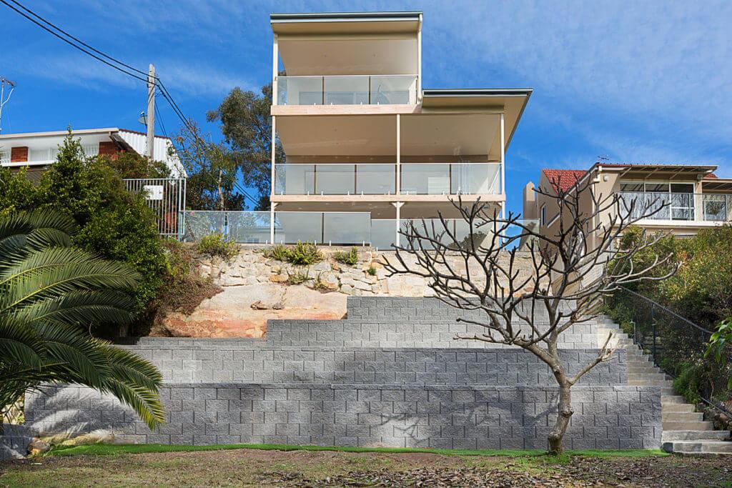REAR1 49 Sunnyside Cresc Castlecrag 1024x683 - HOME BUILDING & RENOVATIONS