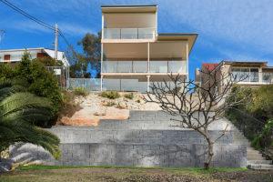 REAR1 49 Sunnyside Cresc Castlecrag 300x200 - HOME BUILDING & RENOVATIONS